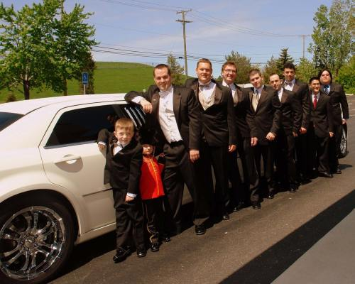 Boys-in-front-of-Limo-294-upload