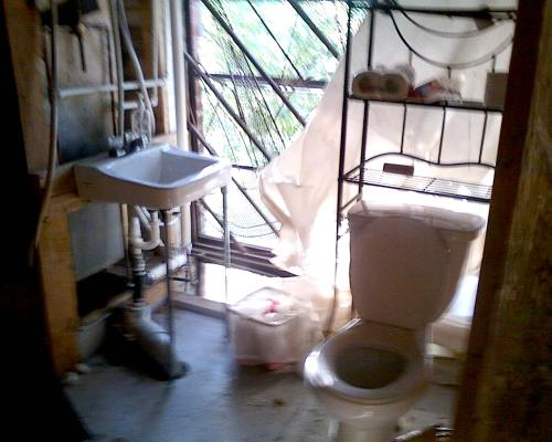 Bathroom-7011853