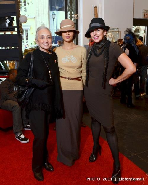 Oct 22, 2011 Ellie Domsky, Bela Shehu & Denise Fike DSC_7400