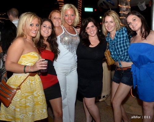 Dec 10, 2011 Clevelander Women-4133