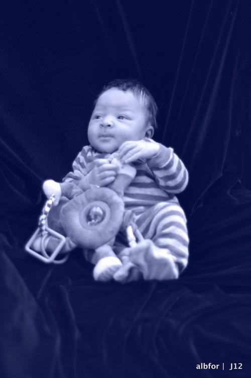 Jan 8, 2012 Jayden DSC_8619