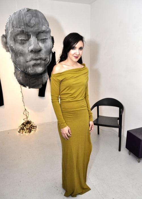 Nov 23, 2012  A Visit From Harper's Bazaar Fashion Editor Lisa Luna, Cover-DSC_0086-upload
