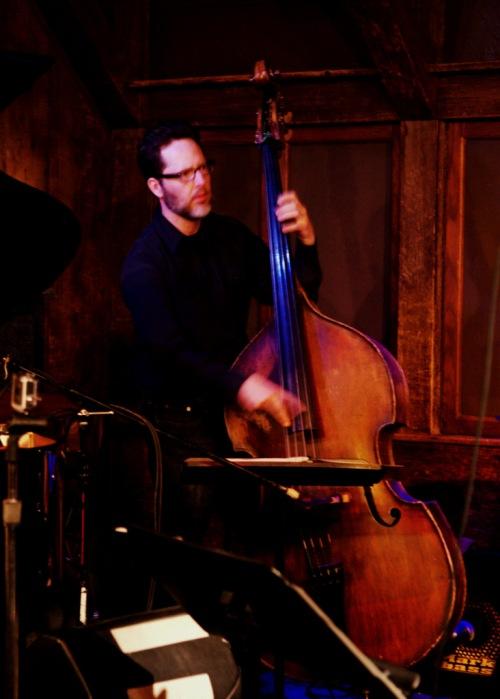 Guitarist Mike Kenney & His Quartet, Bass playerDSC_7572