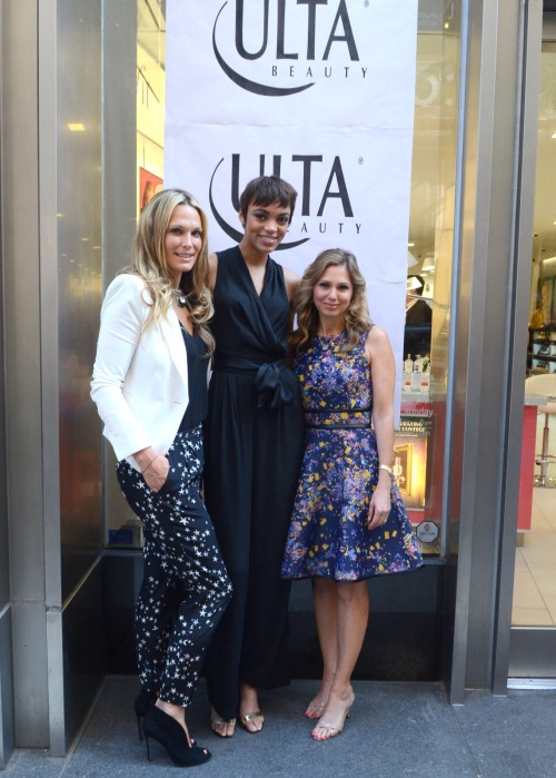 Molly Sims (Supermodel and Actress), Devyn (The winner of Oxygen's newest realty show, THE FACE) with Andrea Pomerantz-Lustig (Author of Glamour editor)
